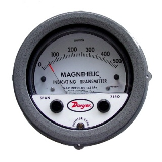 Dwyer Magnehelic Series 605